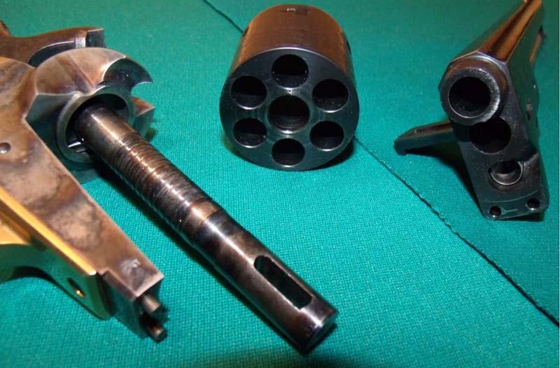 Réplique Colt 1851 NAVY PEDERSOLI Calibre 36 KFlrZpoQTi8_Annonce-PAAF2-Colt-1851-NAVY-PEDERSOLI-11-800x526