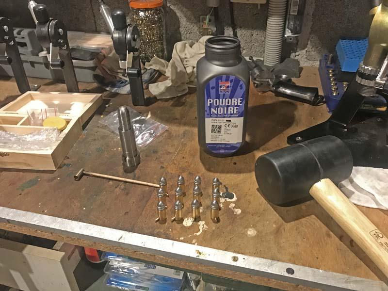 Restauration Revolver à Broche 9 mm système Lefaucheux KIpmrqz62q3_Kit-H-C-9-mm-%C3%A0-Broche-3-800x600